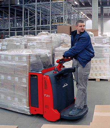 Powered walkie pallet trucks walkie rider pallet trucks for Motorized pallet jack rental
