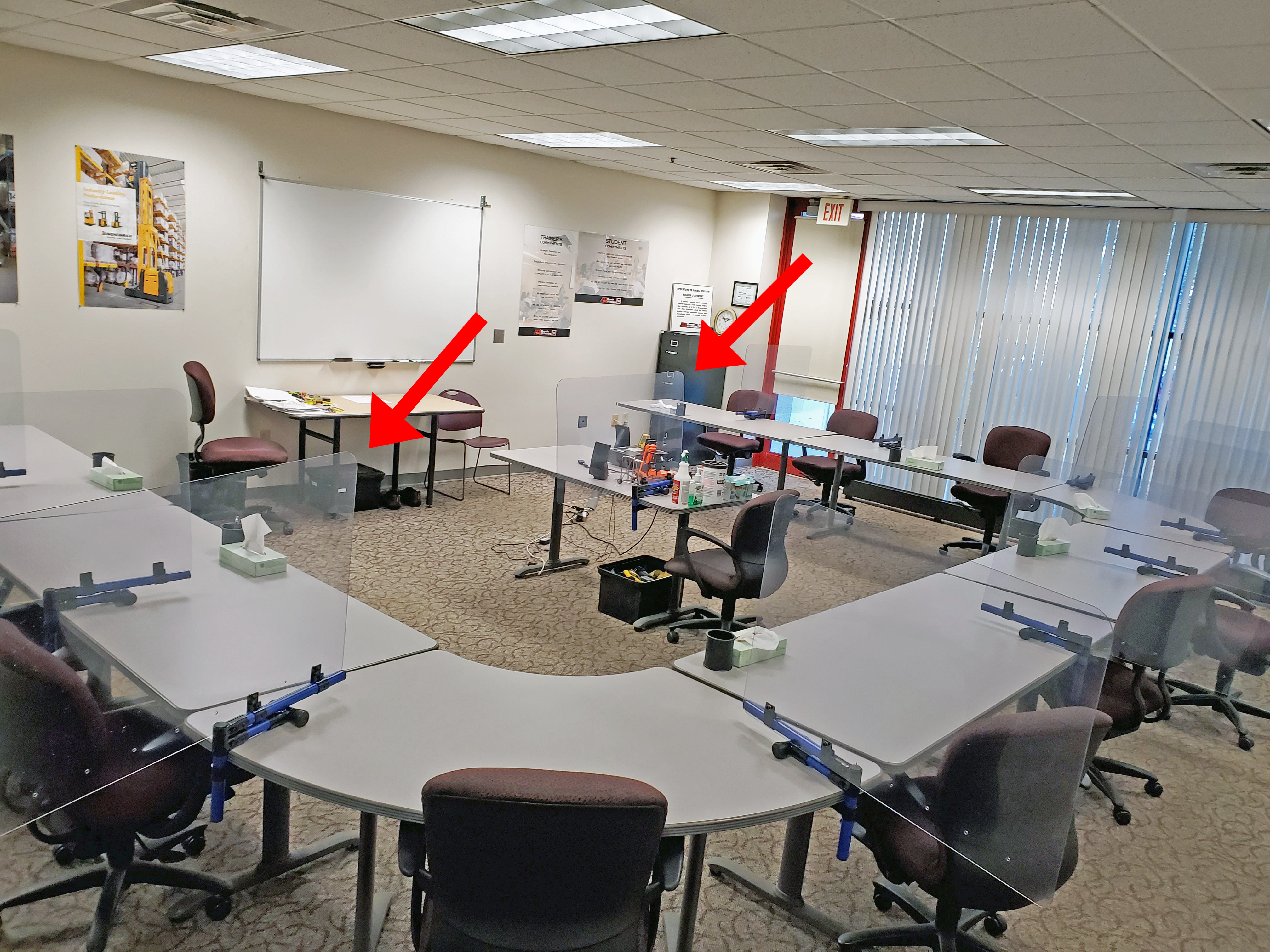 Wisconsin Lift Truck training added partition dividers to classroom