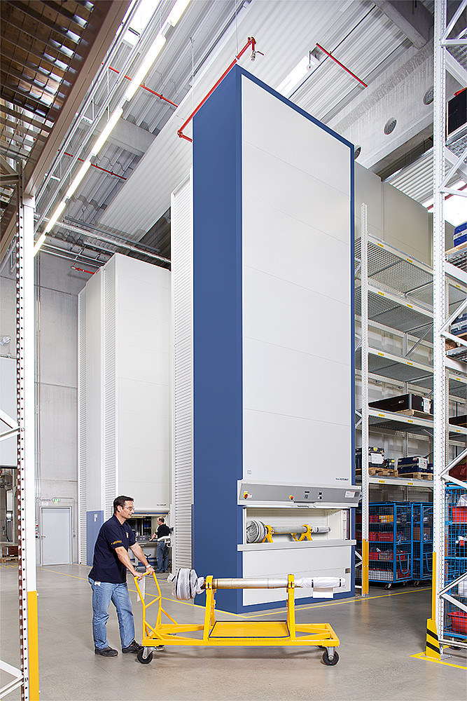 Vertical Storage Systems Maximize Warehouse Space